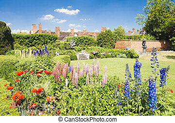 Nash house and New Place garden, Stratford-upon-Avon,...