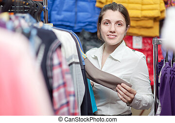 female buyer t clothing store