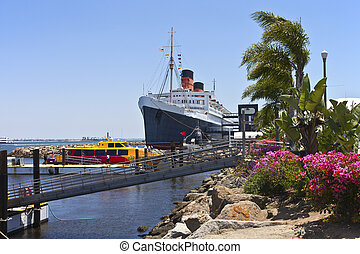 The Queen Mary Long Beach California. - The Queen Mary ship...