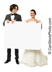 Advertise here for all your wedding needs - Newlyweds in...