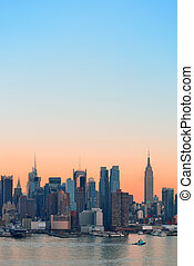 New York City sunset - New York City midtown Manhattan...