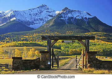 Last dollar road, Colorado, USA