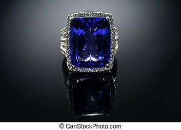 18 Ct WG Tanzanite Diamond Ring - 18 Ct (750) White Gold...