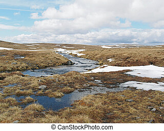 Cainrgorms plateau, Scotland in spring - Cairngorms melted...