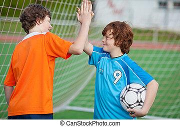 fútbol, jugadores, Dar, alto, cinco