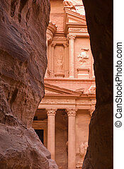 Petra, Jordan - the Treasury (Khazne) in Petra, Jordan