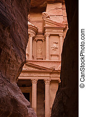 Petra, Jordan - the Treasury (Khazne) in Petra, Jordan