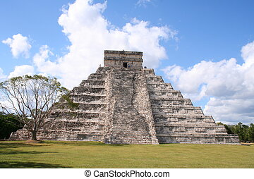 ancient pyramid of chichen itza - this is the ancient...