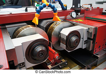 lathe - The image of a lathe for screw thread cutting