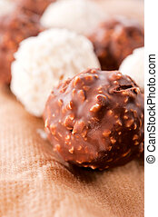 Hazelnut praline - Sweet chocolate and hazelnut praline