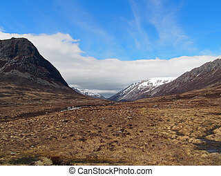 Lairig Ghru, Cairngorms, Scotland in may - Devil point to...