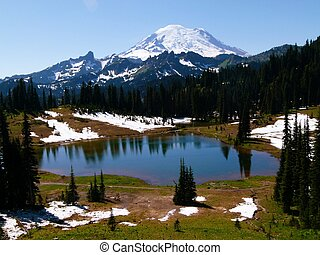 Tipsoo Lake and Mt Rainier on a July afternoon