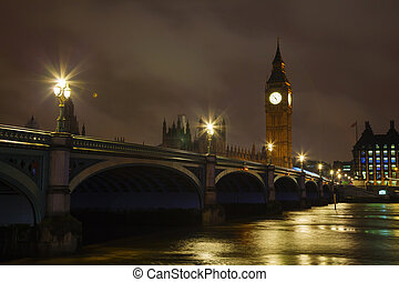 Westminster bridgr and Big Ben tower in London - Westminster...