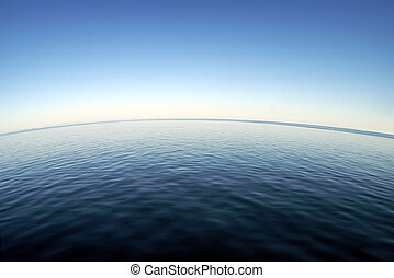 Curved Ocean Horizon - A curved ocean horizon