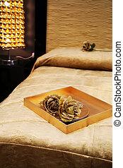 golden bed decoration