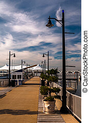 Pier on the Potomac River at National Harbor, Maryland. -...