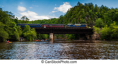 Train on bridge crossing the Lehigh River in Lehigh Gorge...