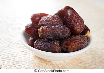Kurma dates fruit - Kurma dried date palm fruits, ramadan...