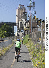 Runner and a Biker on Portland's New Springwater Corridor -...