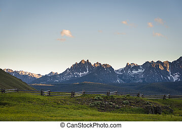 Sawtooth Mountain Range, Idaho - View of the Sawtooth...