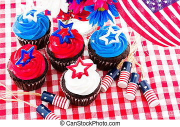 Cupcakes - July 4th picnic with patriotic holiday cupcakes.