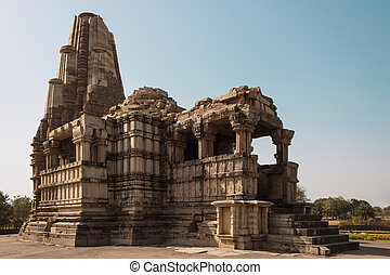 General view of the temple Duladeo at Khajuraho - Duladeo...