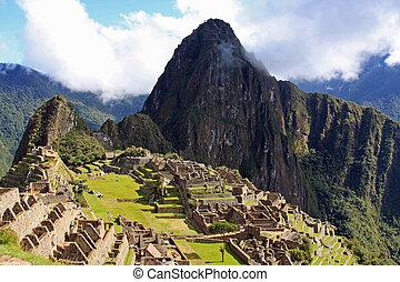 Machu Picchu - Classic Machu Picchu image.