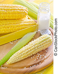 boiled corn with salt