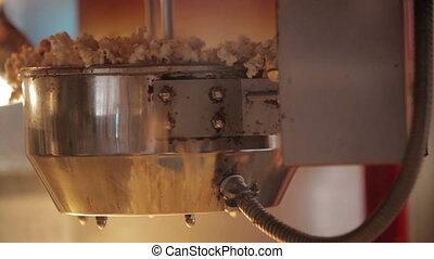Popcorn making 3