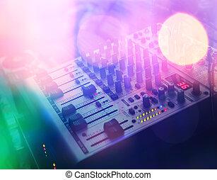 DJ, konsol