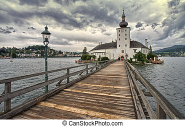 Austria bridge on the lake - Austria : panorama of the lake...