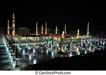 Prophet Mosque in Medina at night - Prophet's Mosque in...