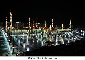Prophet Mosque in Medina at night - Prophet's Mosque in...