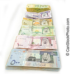 Packages paper currency in line of Saudi Arabia