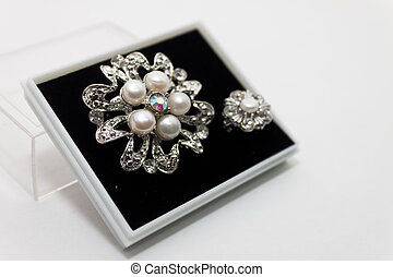 Isolated pearl brooch