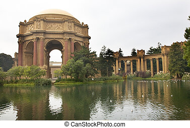 Palace of Fine Arts Museum San Francisco California -...