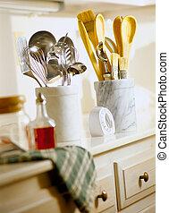 Kitchen Utensils - Picture of Kitchen Utensils