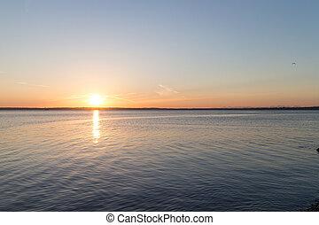 bellingham bay sunset-sun left