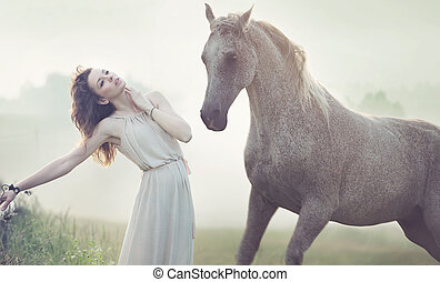 有斑點, 馬, 黑發淺黑膚色女子, 夫人, 有吸引力