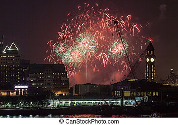 Macys Fourth of July Fireworks in New York City - New York...