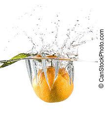 tangerine in water