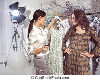 women in haute couture sa - woman in fashion atelier haute...