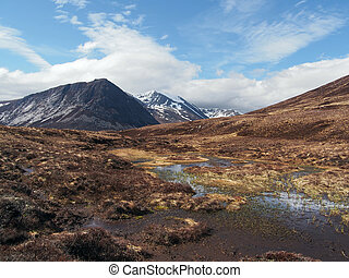 Cairngorms mountains, south of Carn a Mhaim, Scotland in...