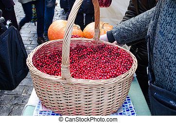 wicker basket cranberry market diet ecologic food - wicker...
