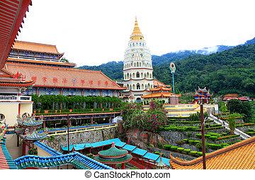 Lek Kok Si Temple, Penang,Malaysia - Colorful Buddhist...