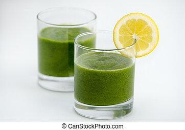 Alkaline diet - Green smoothie alkaline diet drink with...