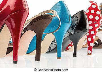 proteja, sapatos, alto, calcanhares
