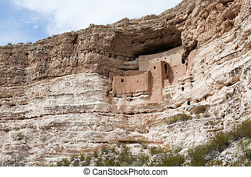 Montezuma Castle National Monument - Montezuma Castle...