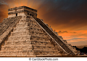 Kukulkan Pyramid in Chichen Itza Site, Mexico - Kukulkan...