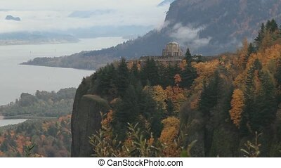 Columbia River Gorge Timelapse 1080 - A Breathtaking View of...